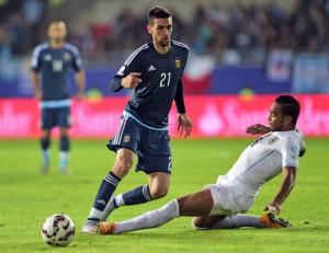 dua pemain penting argentina selain messi VX7wC9y2nX 300x231 Selain Messi Ada Dua Pemain Penting Argentina