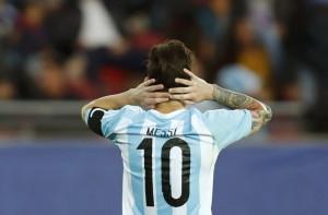 messi matian matian demi copa america AgRunTnaJ4 300x197 Messi Matian matian demi Copa America