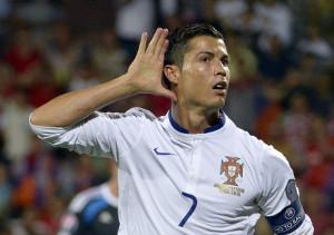 Beritabola.com cr7 300x211 Ronaldo Ingin Segera Dilatih Benitez