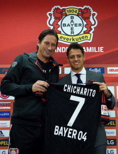 javiergetty 230x300 Chicharito Mencari Kebahagiaan di Leverkusen