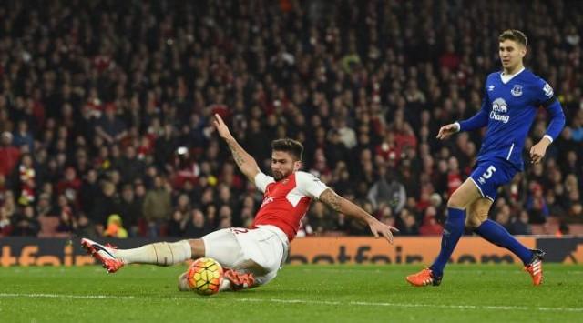 Giroud Kesal Gagal Cetak Dua Gol ke Gawang Everton