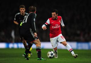 Philipp Lahm Arsenal v FC Bayern Muenchen ewjYIpTK5C5l 300x207 LIGA CHAMPIONS : KEKALAHAN BAYERN MUNICH MEMBUAT LAHM BEGITU TERPUKUL
