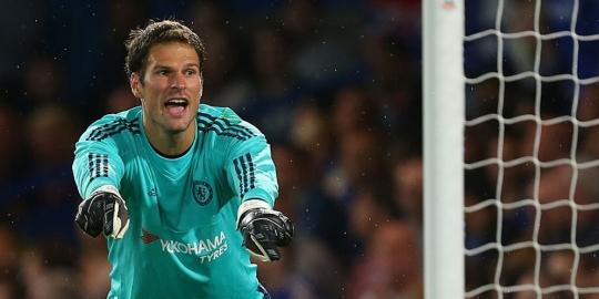 Chelsea tersingkir di Piala Liga, Begovic berduka