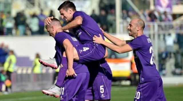 Napoli Ditahan Genoa, Fiorentina Naik ke Puncak