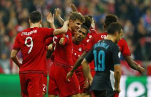 bayernvarsenal 300x192 303agent   Hasil Pertandingan SepakBola Liga Champions B.Munchen Mengalahkan Arsenal Dengan Score Telak 5 1